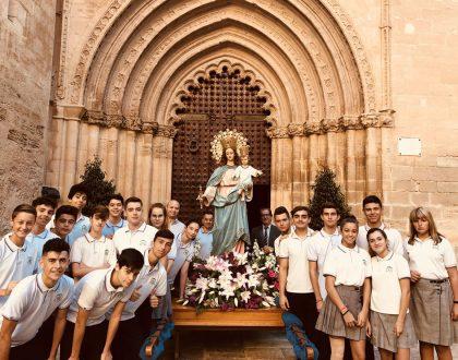 Rosario urbano con María Auxiliadora